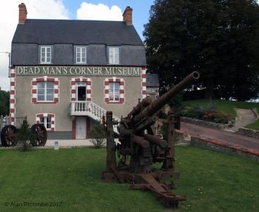 Dead Man's Corner Museum - Sainte-Comte-Du-Mont