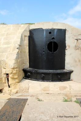 Gun loading turret - exterior