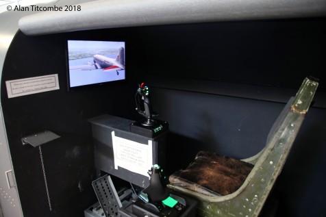 Douglas DC-3 / Dakota flight simulator
