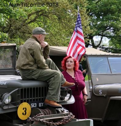 WW2 - American Soldier & Lady Friend