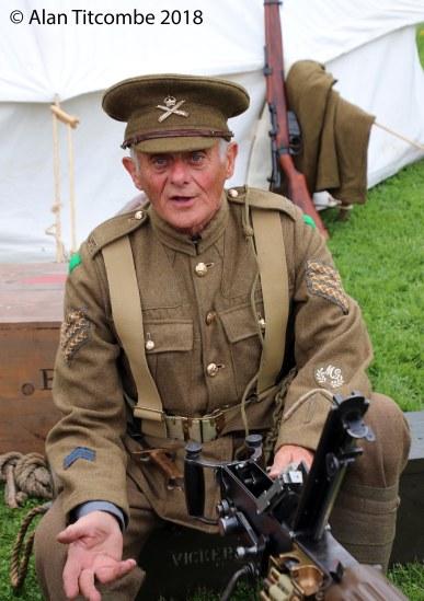WW1 - Vickers Machine Gun & Crew