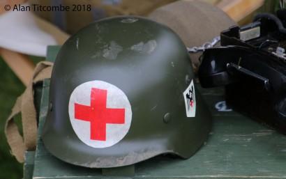 WW2 - German Army Medics Helmut
