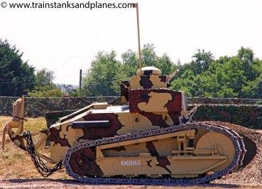 Renault FTS communications tank