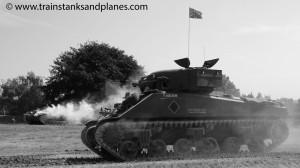 M4A4 Sherman & Stug III