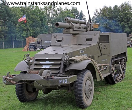 White half-track with 105mm howitzer - American WW2