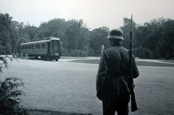 German soldier guarding the Armistice Carriage 1940