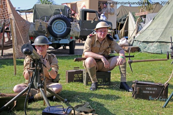 British Vickers MG team Western desert - WW2